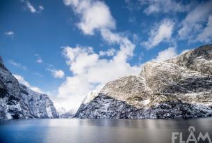 Fiordos en invierno con guía de habla castellana