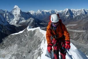 Island Peak (6.189 m) y trek al Campo Base del Everest