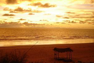 Gambia: circuito de lujo y relax final en playas