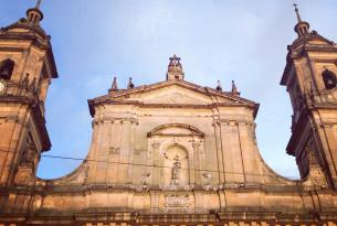 Colombia: Ciudades Patrimonio y Ruta del Sol