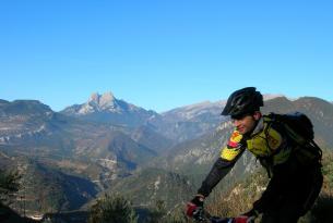 Viaje en bicicleta MTB Sierra del Cadí, corazón de los Pirineos Catalanes (7 días)