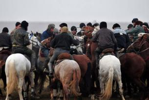 Bienvenidos a Uzbekistan: visita las bodas y el festival de nomadas en Kirguizstan
