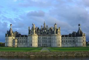 Ruta por los castillos de Loira en grupo single