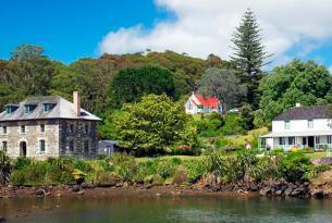 Las 2 islas de Nueva Zelanda y Bay of Islands en grupo