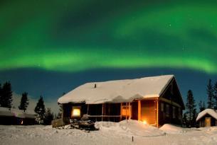 Suecia. Fin de año en la Laponia sueca. Trineo de perros y auroras boreales