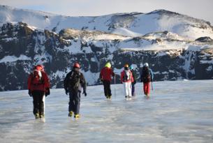 Puente de Todos los Santos: escapada a Islandia y auroras boreales (8 días)