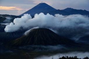 Indonesia: Volcanes, Templos, Etnia y Arrozales 2016