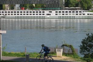 Por el Danubio de Linz a Viena