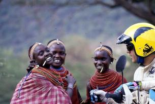 Viaje en moto Kenia Ruta Masai Husaberg TE 390cc