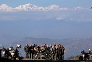 Viaje en Royal Enfield Nepal completo