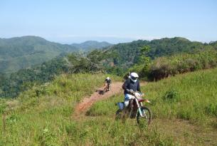 Viaje en moto enduro. Costa Rica 8 dias 6 en moto enduro  250 cc / 450 cc