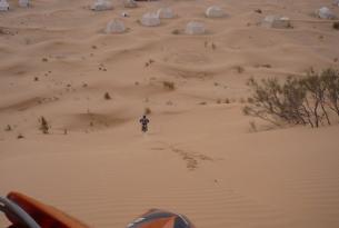 """Viaje en moto Enduro Túnez largo, """"Hard Raid"""" 7 días 5 en moto"""