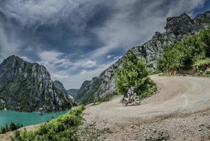 Viaje en moto Albania enduro 7 dias 4 en moto