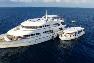 Viaje buceo safari  Maldivas a bordo del Carpe Diem