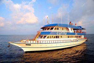 Viaje buceo safari Maldivas a bordo del MV Carina, en español.