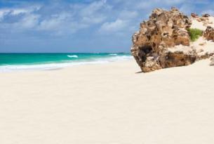 """Cabo Verde: Isla de Sal desde Madrid Hotel Belorizonte """"Todo Incluido"""""""