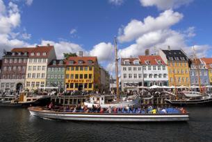 Dinamarca en grupo: Copenhague y los castillos de Selandia (salida especial Semana Santa)