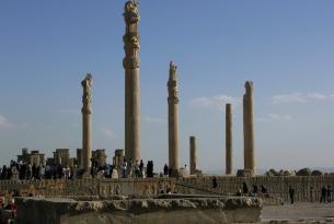 Puente de diciembre en grupo en Irán (salidas desde Madrid o Barcelona)