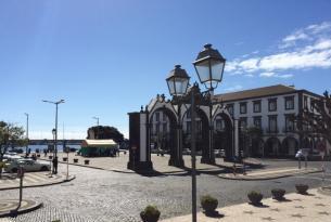 Puente diciembre en la isla de Sao Miguel (Azores)